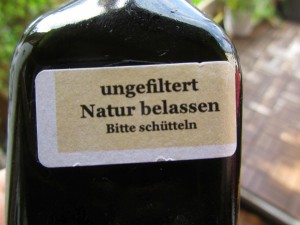 Mevlâna ungefiltert Etikett auf Flasche Foto