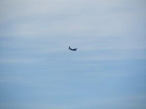 Militärtransporter über der Mehlinger Heide