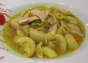 Hühnersuppe gegen Erkältung wirksames spezial Rezept