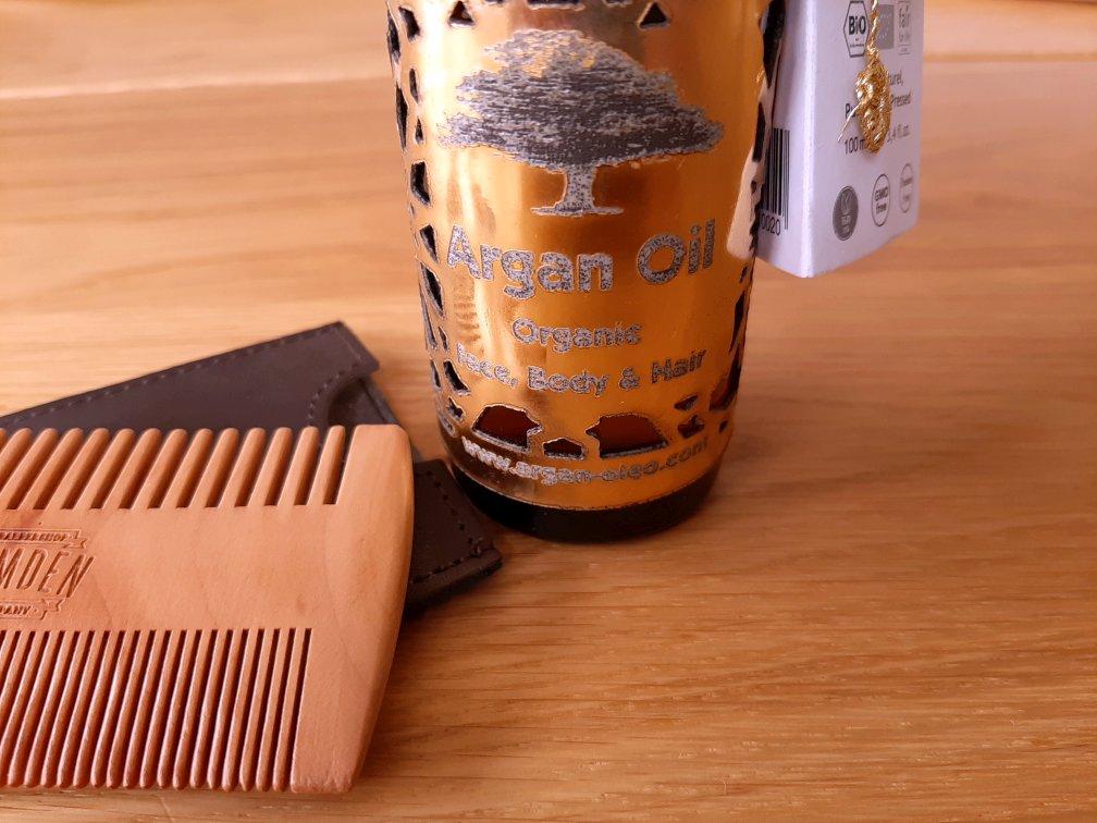 Arganöl ist gesund und nebenbei auch vielseitig verwendbar für die Haut-, Haar- und Bartpflege
